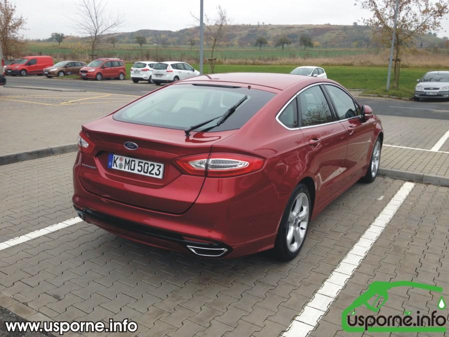 Novy Ford Mondeo Nov Ford Mondeo Zezadu