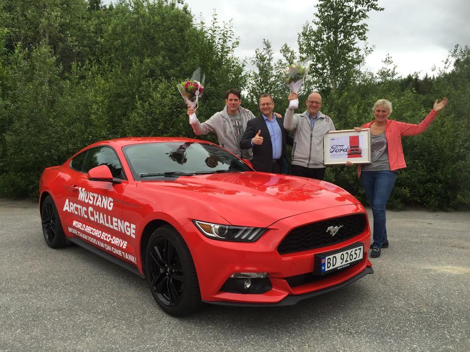 Ford Mustang vytvořil rekord - 1249 km na jednu nádrž
