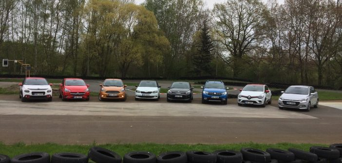 Velké srovnání malých aut – C3, Clio, Corsa, Fabia, i20, KA+, Rio a Sandero