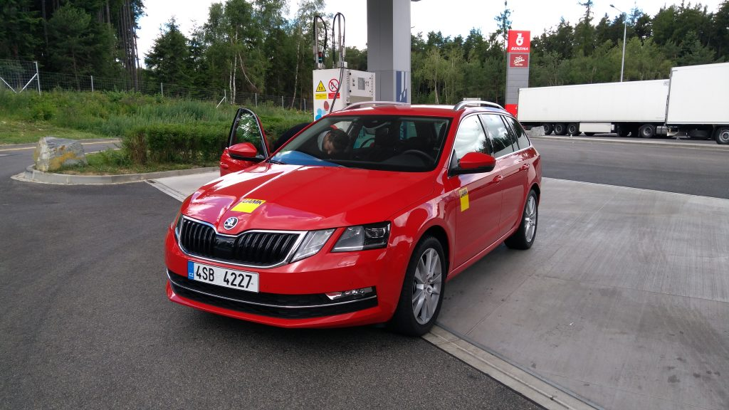 Škoda Octavia Combi G-Tec tankuje CNG, 9 Křížů