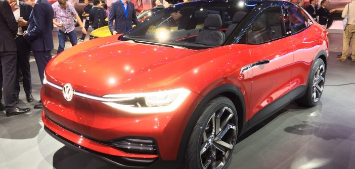 Volkswagen I.D.CROZZ a VW Polo 1,0 TGI – Frankfurt 2017