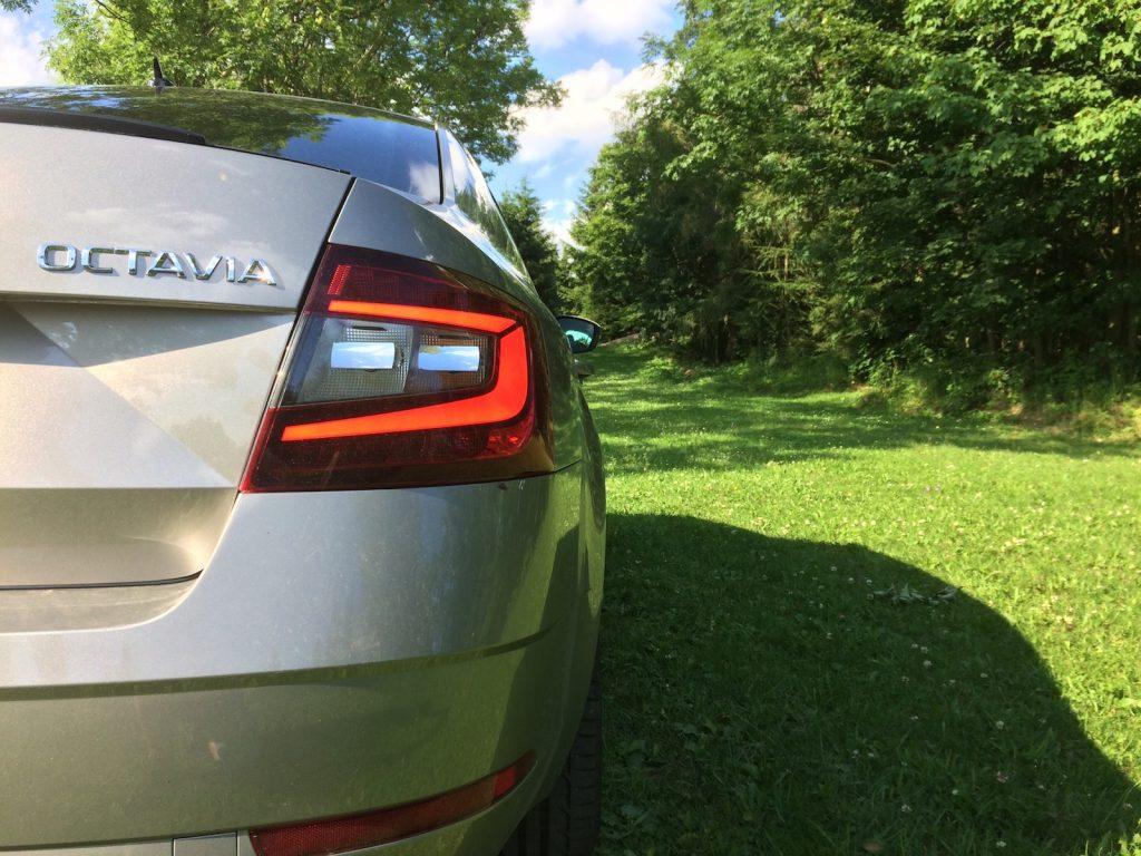 Škoda Octavia 1,0 TSI 85 kW – zadní LED svítilna