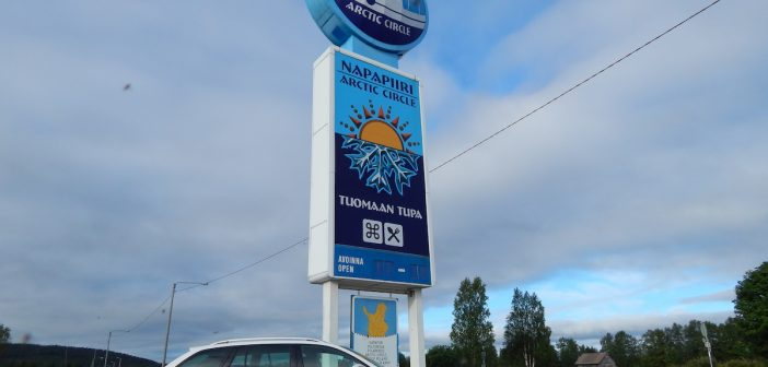 Z Prahy za polární kruh na 2 nádrže nafty