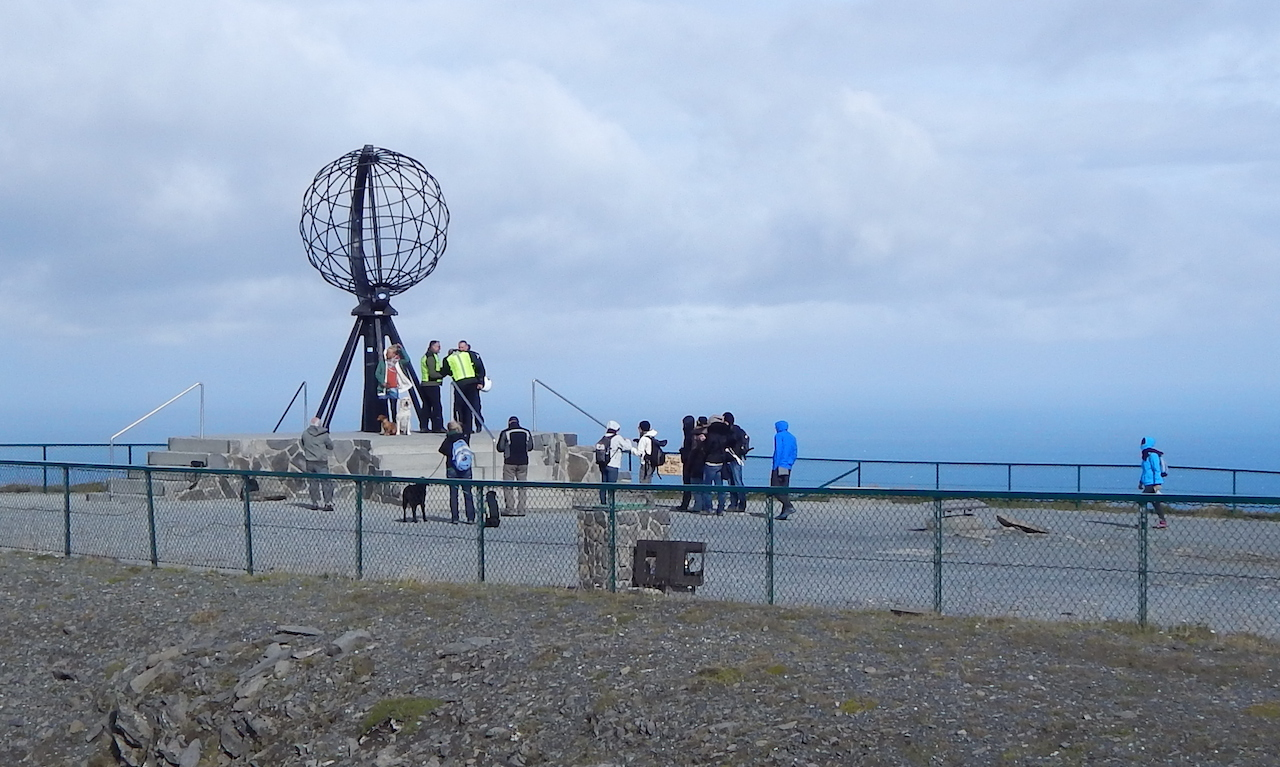 Symbol Nordkappu - kovový globus
