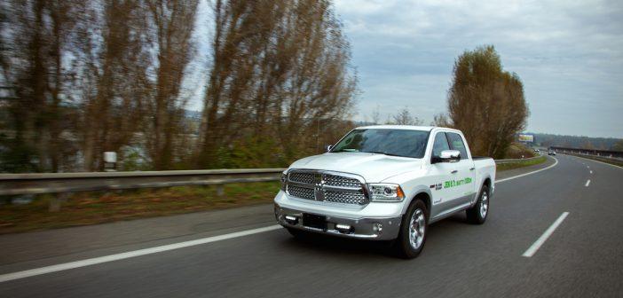 Jízda s RAM 1500 EcoDiesel po dálnici na Příbram