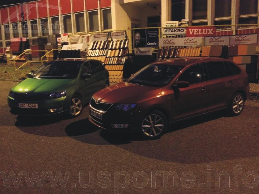 Červeno-hnědý Rapid 1,6 TDI a zelený Rapid 1,2 TSI na startu v Berouně