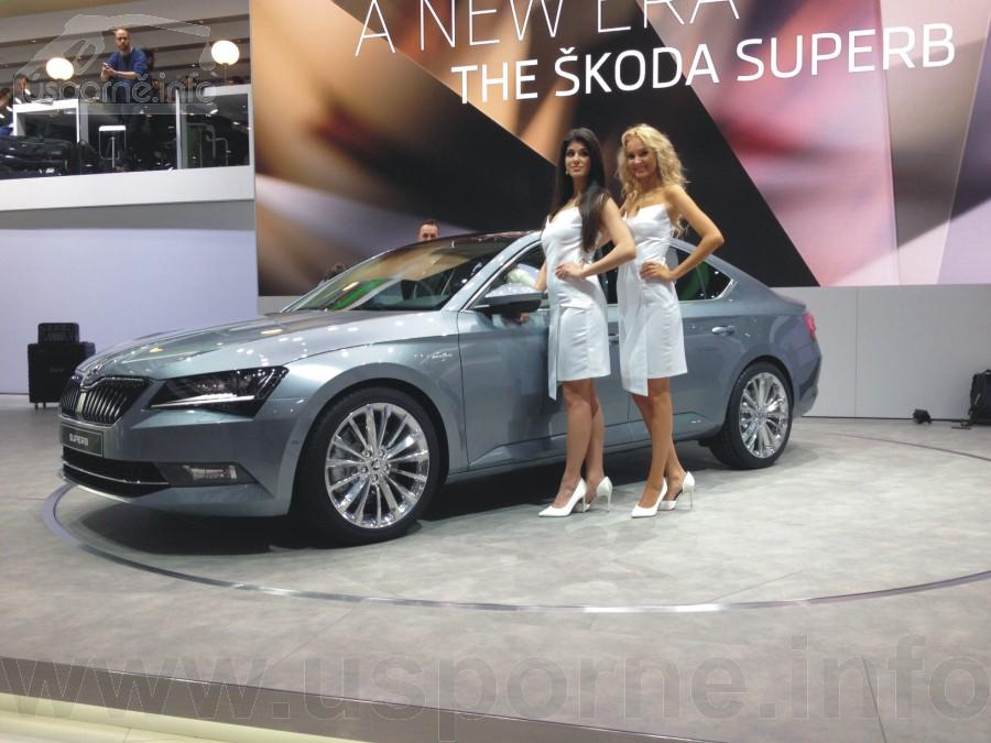 Škoda Superb šedý Laurin&Kement - zepředu