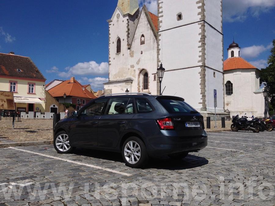 Škoda Fabia 1,2 TSI 81 kW - zezadu