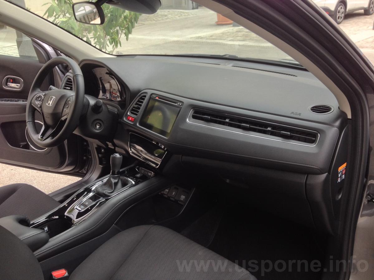 Honda HR-V, interiér