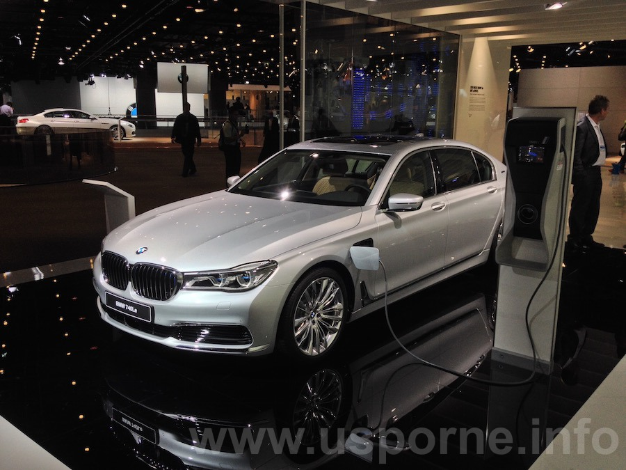 BMW 740Le, plug-in hybrid z řady eDrive zepředu