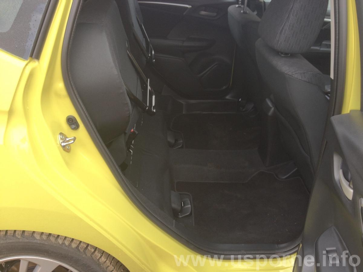 Honda Jazz 1,3 i-VTEC - sedačky Magic Seats