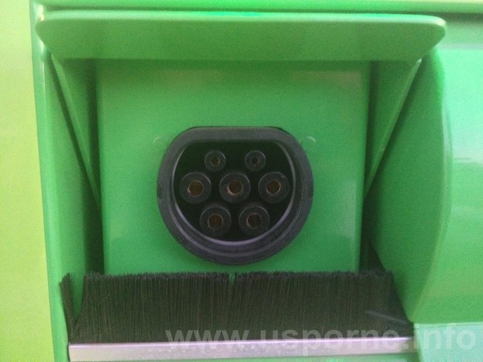Konektor Mennekes pro střídavý proud 400 V