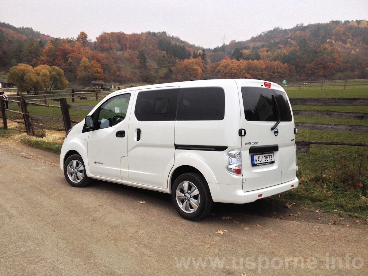 Nissan e-NV200 zezadu