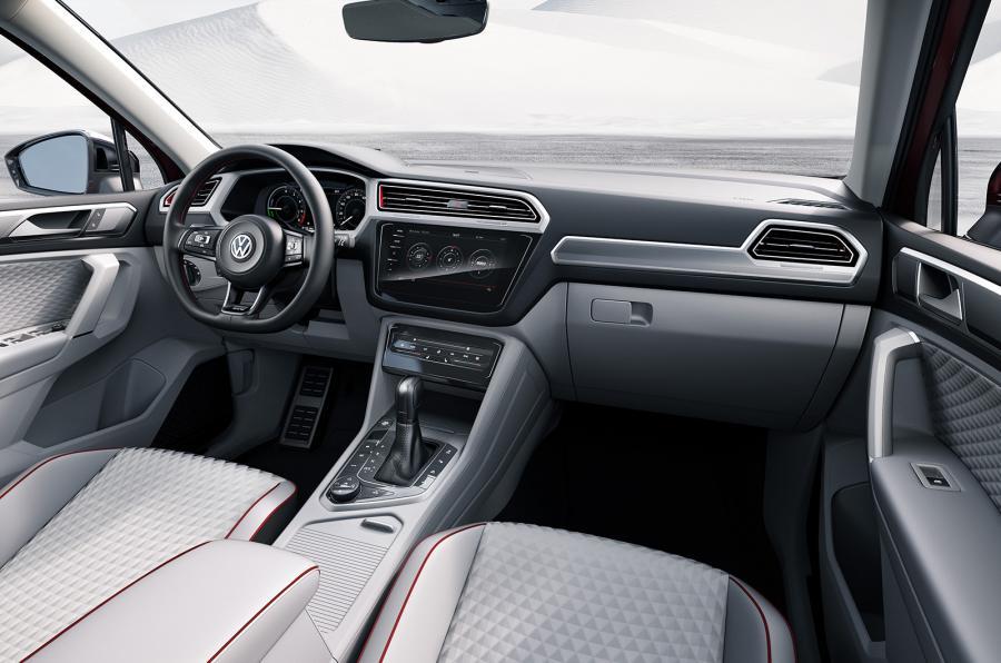 VW Tiguan GTE Active concep - interier