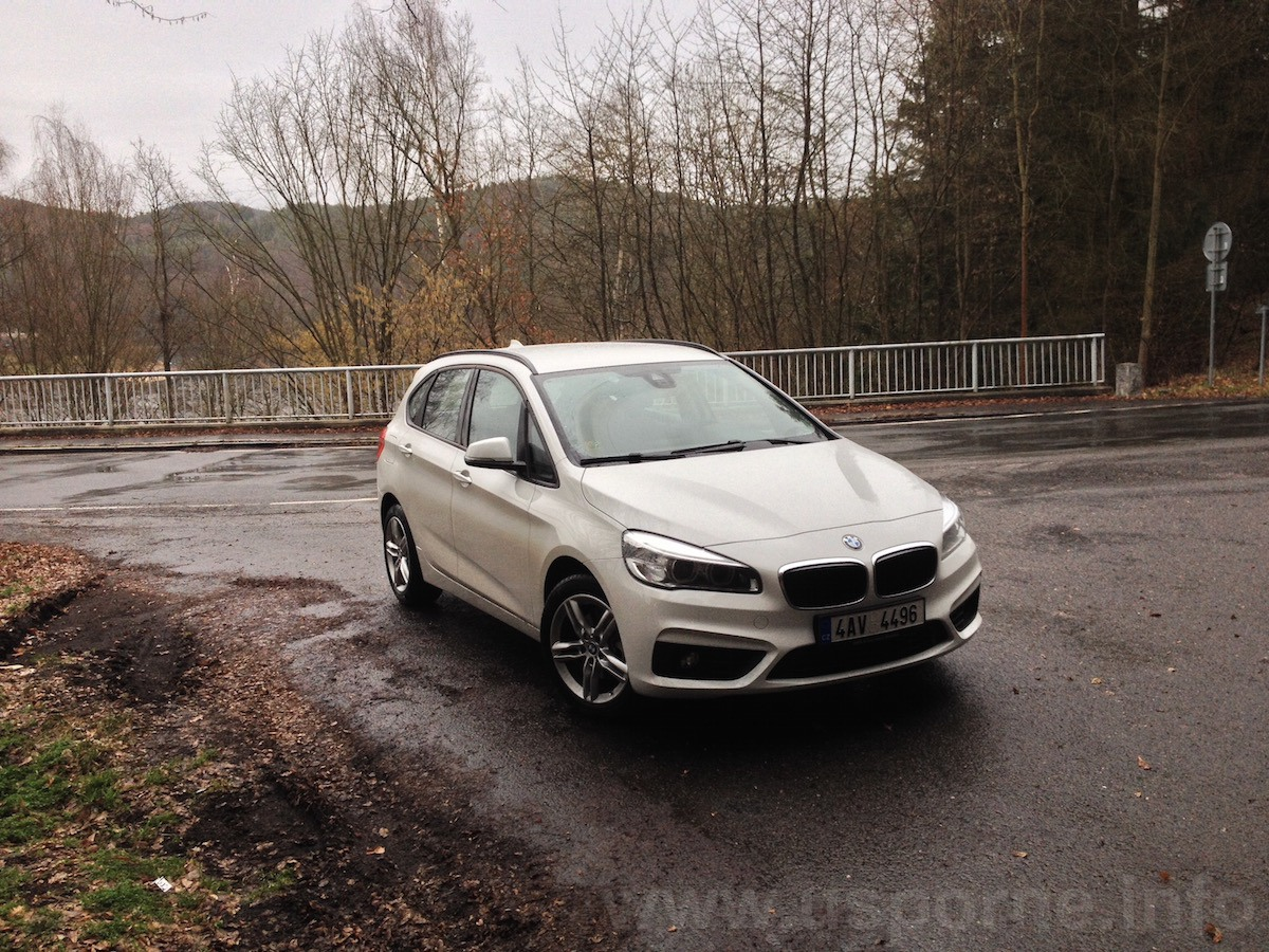 BMW 216d Active Tourer - náhled