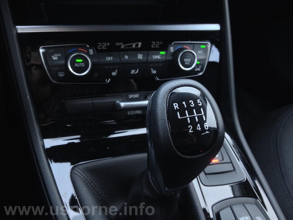 BMW 216d Active Tourer - šestistupňová převodovka