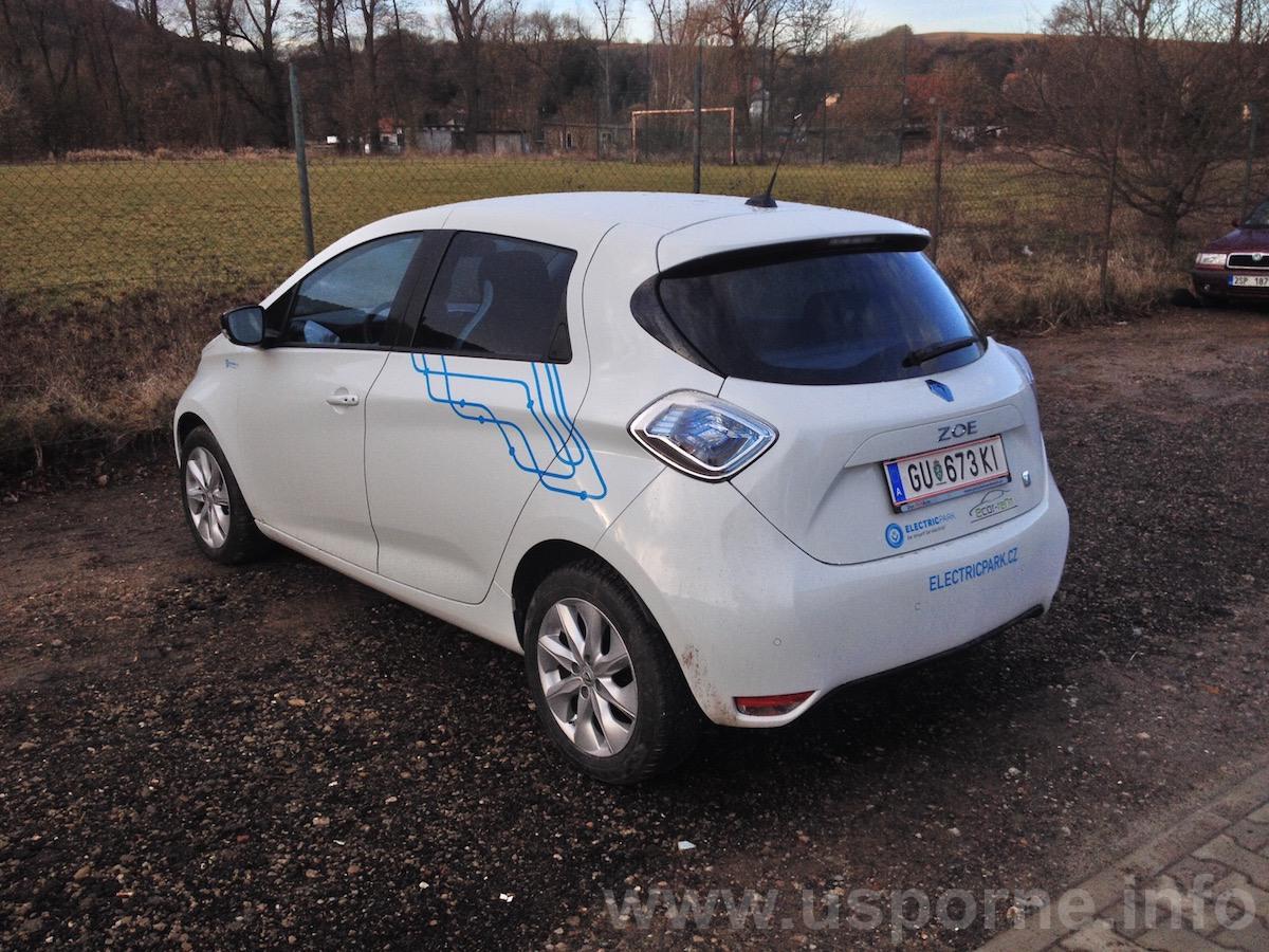 Elektromobil Renault ZOE - zezadu