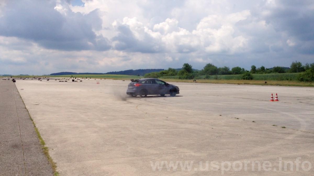 Ford Focus RS - Drift mode