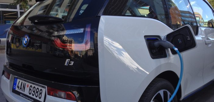 BMW i3 - Combined Charging System - Mennekes