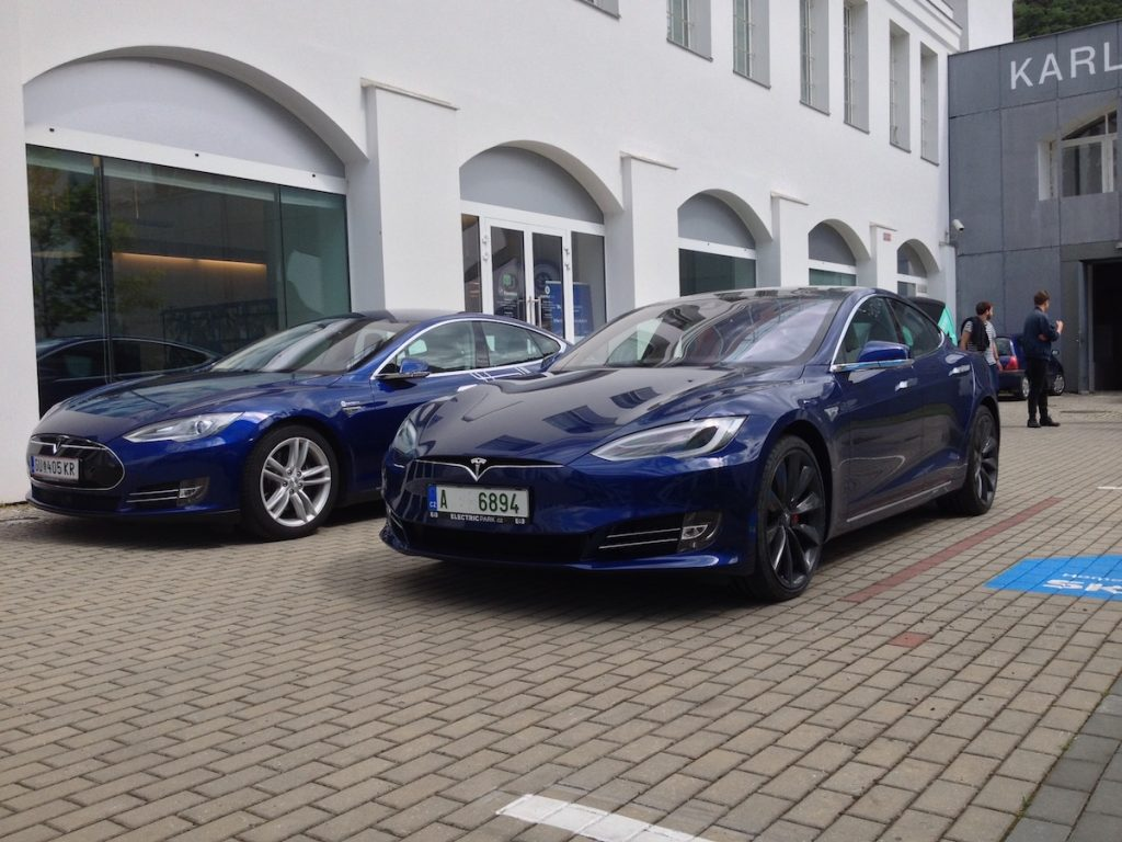 Tesla Model S - facelift 2016