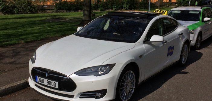 Tesla Liftago - zepředu