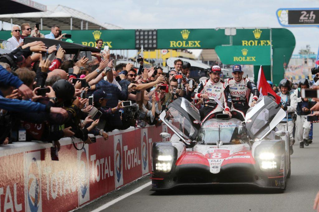 Závod 24 hodin Le Mans 24 - vítězné auto