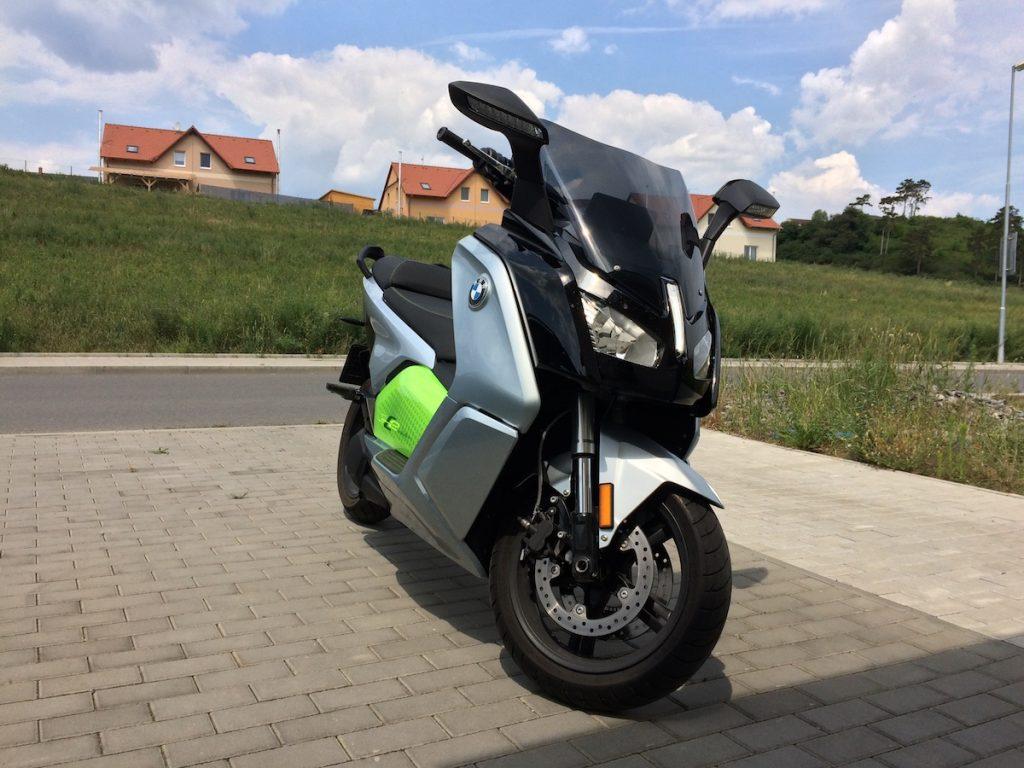 BMW C-evolution zepředu