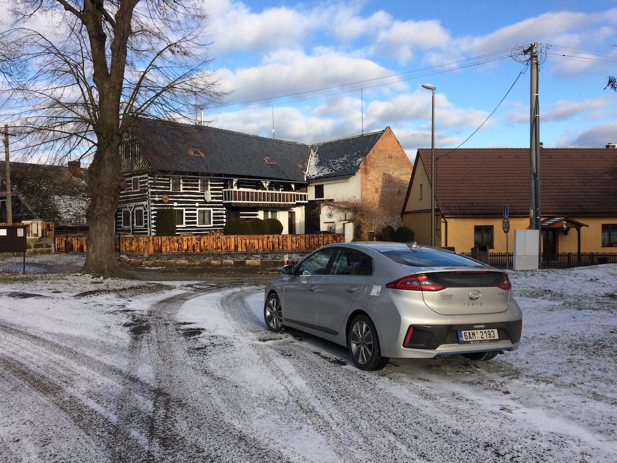 Hyundai Ioniq Hybrid - Liberecký kraj