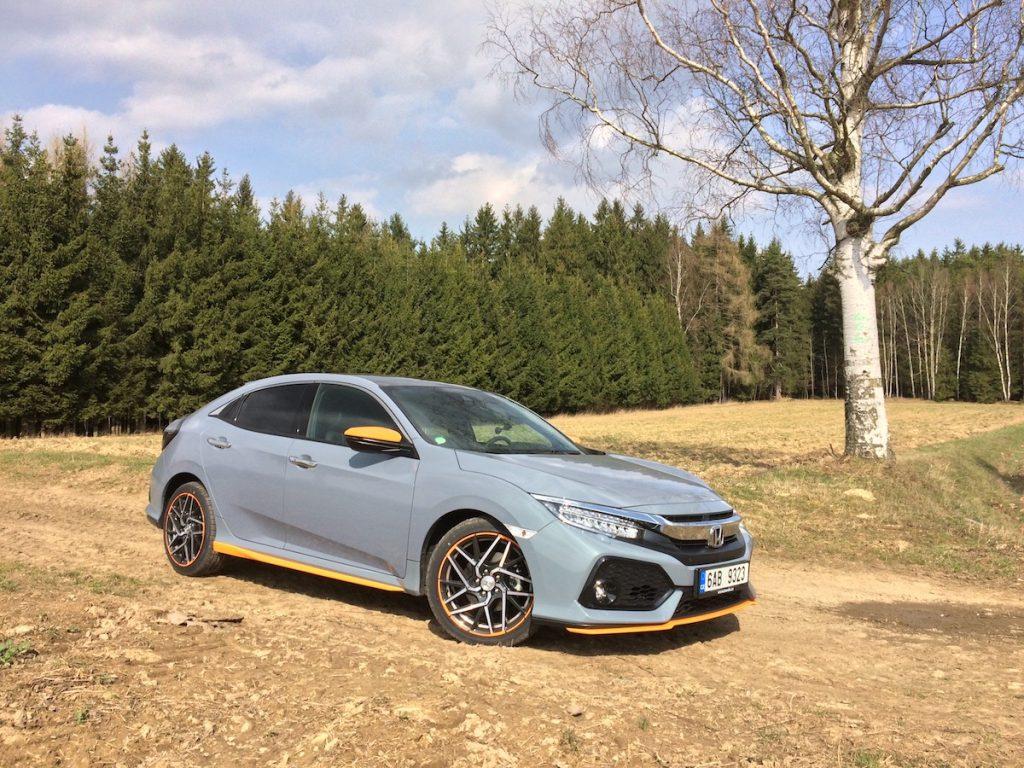 Honda Civic 1,5 VTEC TURBO - zepředu