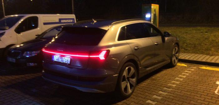 Test Audi e-tron 55 quattro – první elektromobil se čtyřmi kruhy