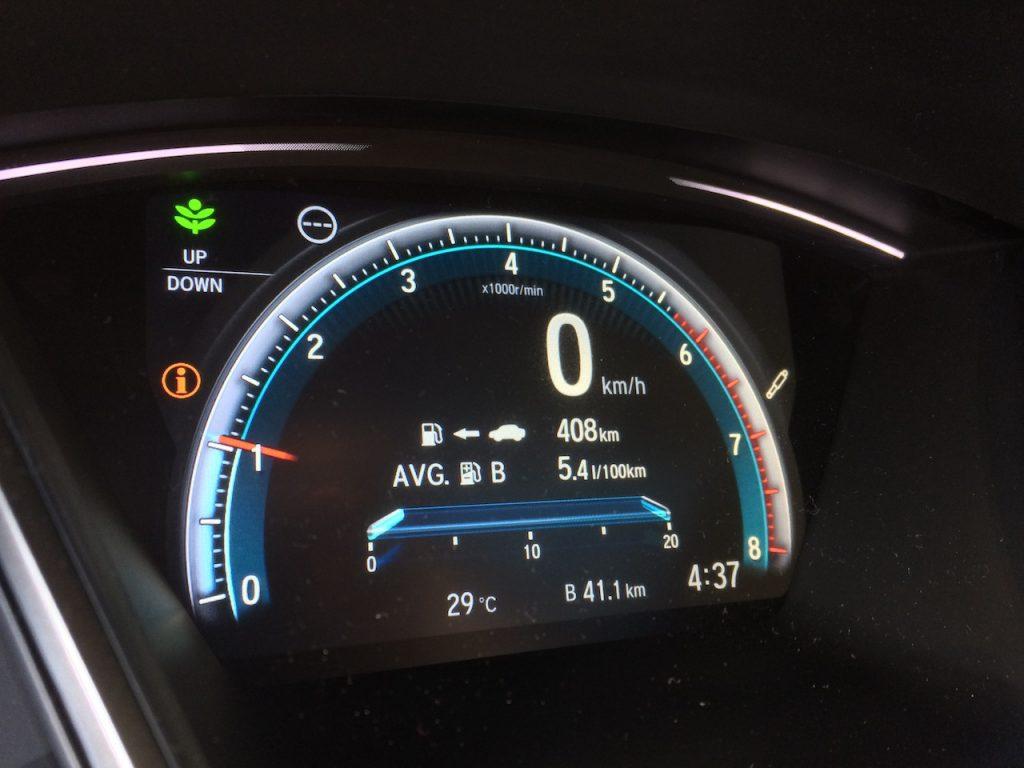 Honda Civic 1.0 VTEC TURBO spotřeba testovací okruh