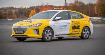 Hyundai Ioniq Mobile Charger - ADAC