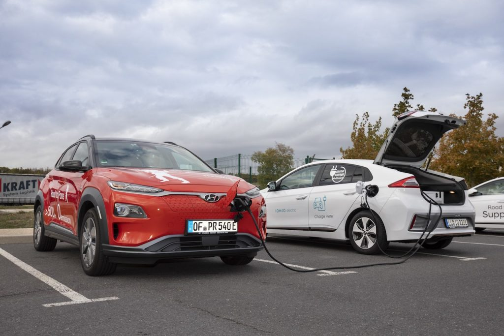 Hyundai Kona a Hyundai Ioniq Mobile Charger