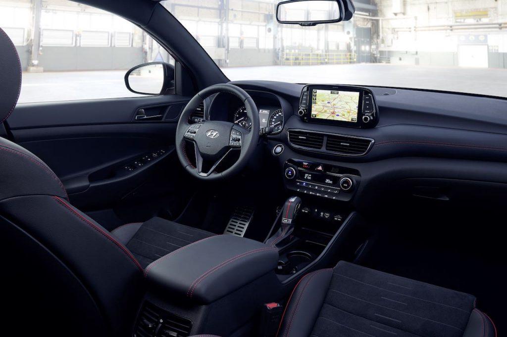 Hyundai Tucson N Line 48V Hybrid - interiér