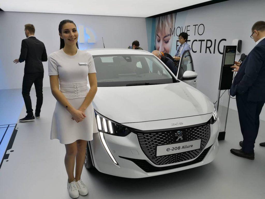 Peugeot e-208 - zepředu - Ženeva 2019