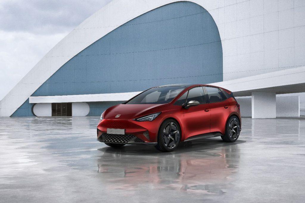 SEAT el-Born - Ženeva 2019 - elektromobil zepředu