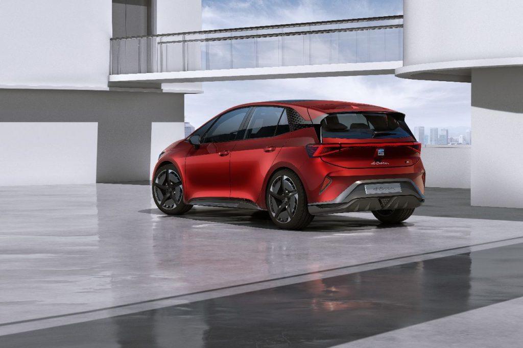 SEAT el-Born - Ženeva 2019 - elektromobil zezadu