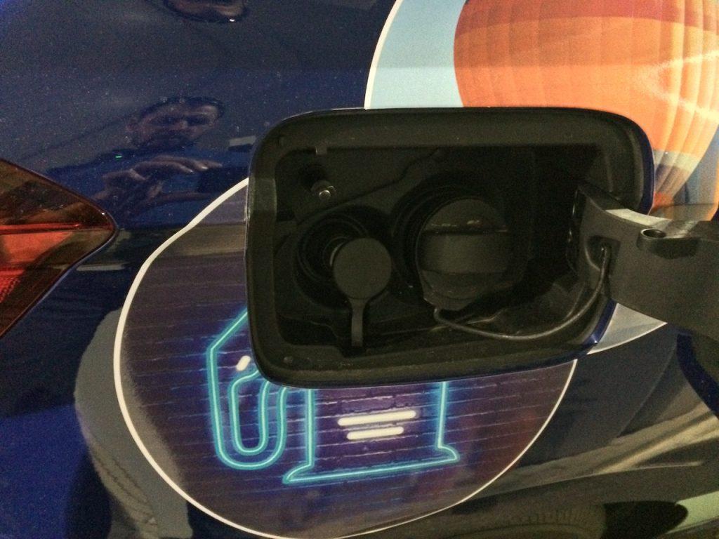 SEAT Ibiza 1,0TGI 66kW CNG - hrdlo nádrže