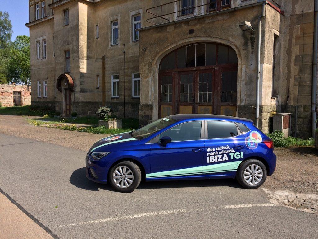 SEAT Ibiza 1,0TGI 66kW na CNG - z boku