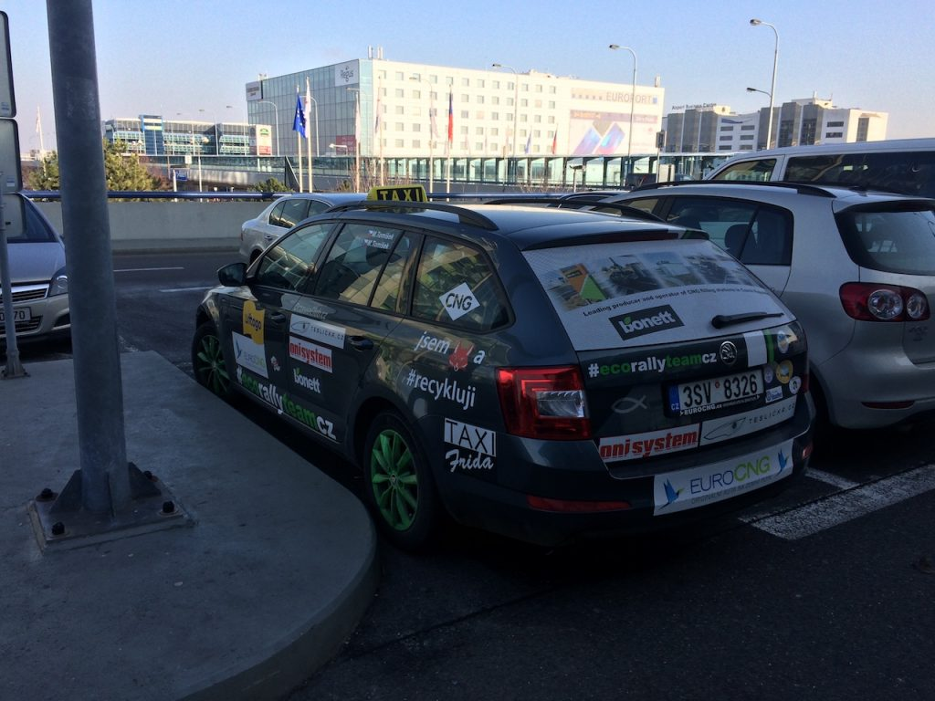 Škoda Octavia G-tec Combi - taxi - Letište Václava Havla