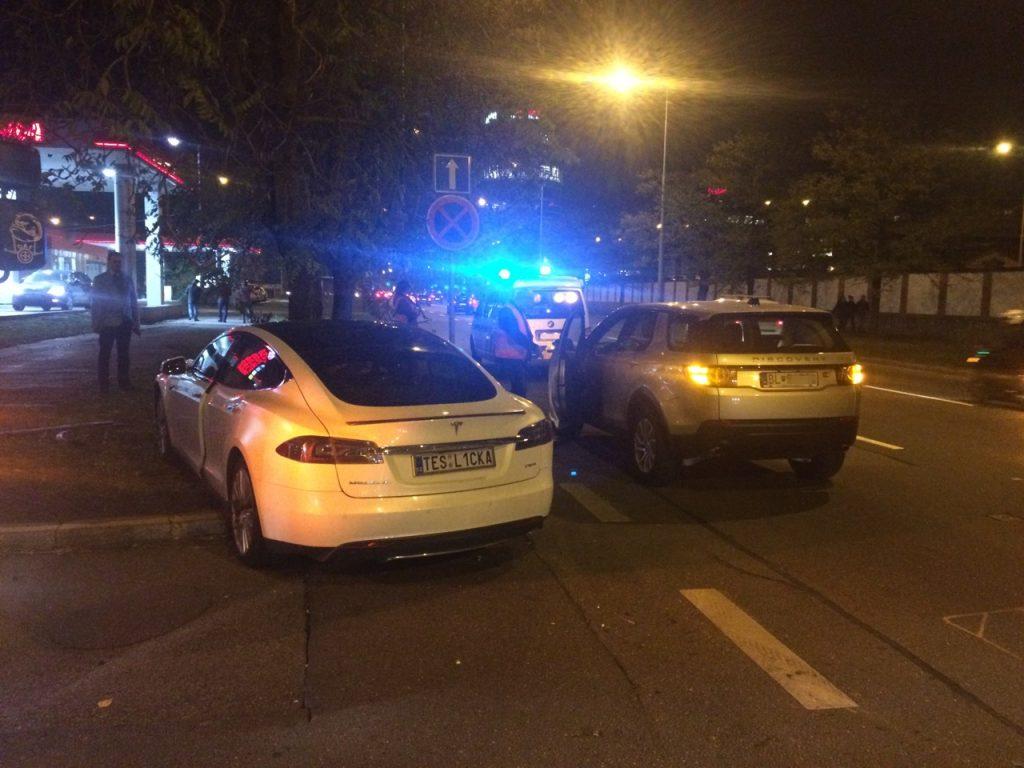 Tesla Model S P85+ nehoda