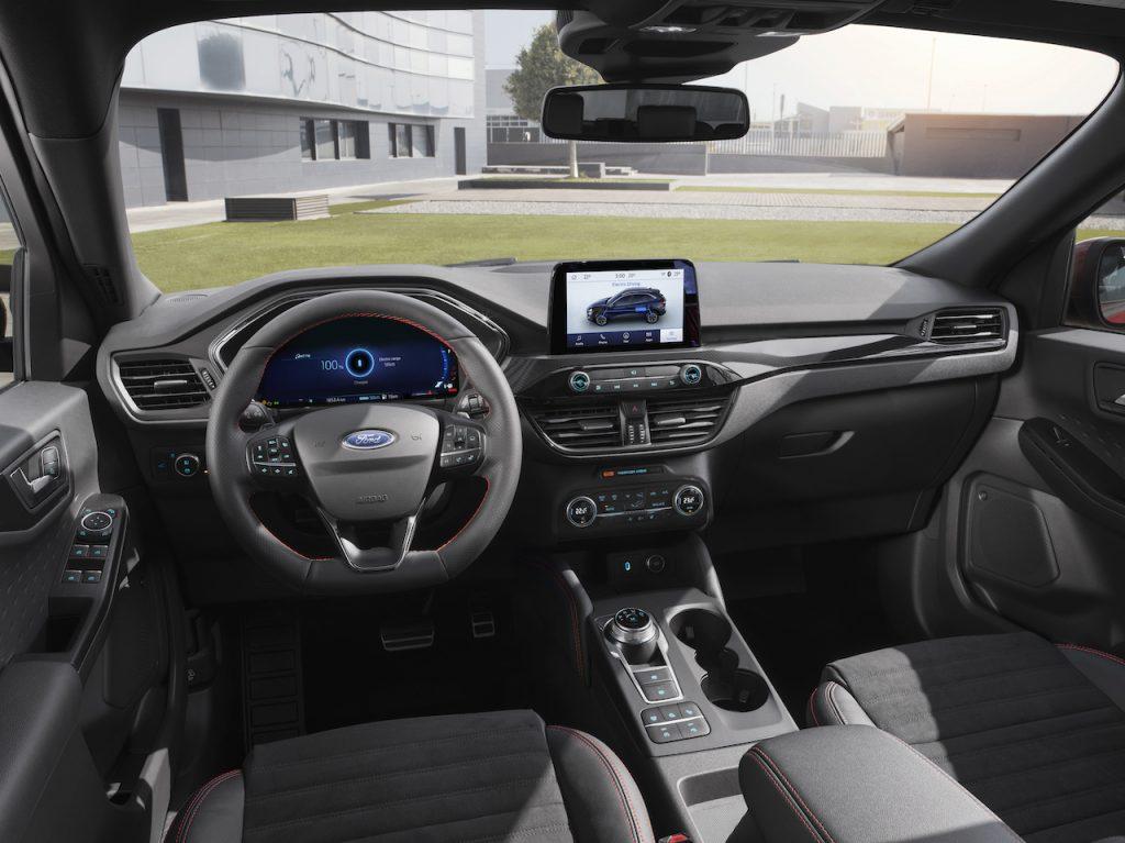 2019 Ford Kuga Plug-in Hybrid - interiér