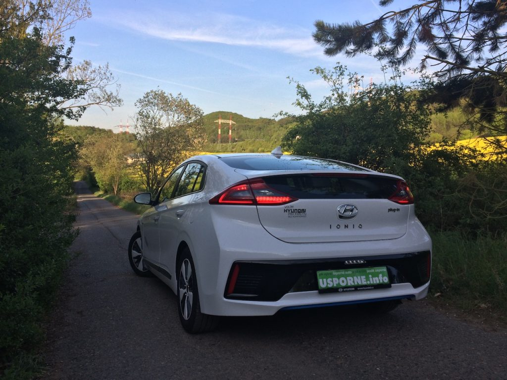 Hyundai Ioniq Plug-in Hybrid - zezadu