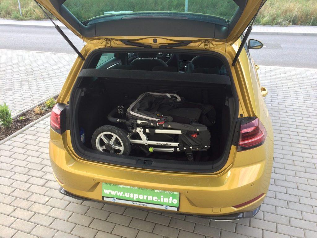 Volkswagen Golf 1,5 TSI - zavazadlový prostor
