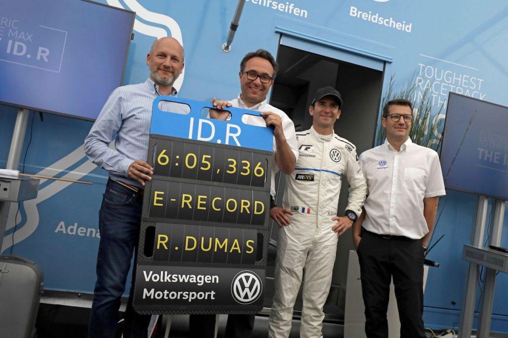Volkswagen ID.R na okruhu Nürburgring - rekordní čas 6:05,336 minuty