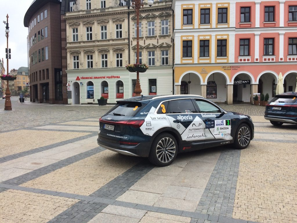 Audi e-tron na startu ECO energy Rally Bohemia