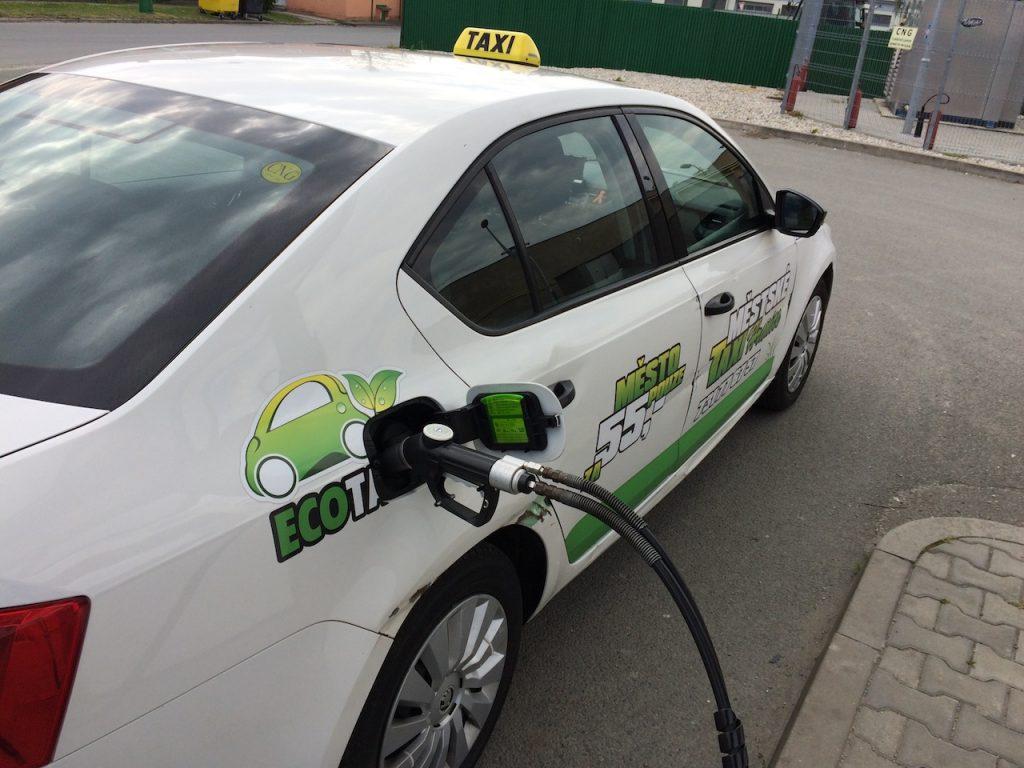 Škoda Octavia G-TEC tankuje CNG