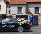Ford Mondeo HEV (hybrid) se osvědčil jako kurýr v Praze