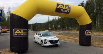 Hyundai Ioniq Electric - #EcoRallyTeamCZ na startu EcoRun 1000 jezer