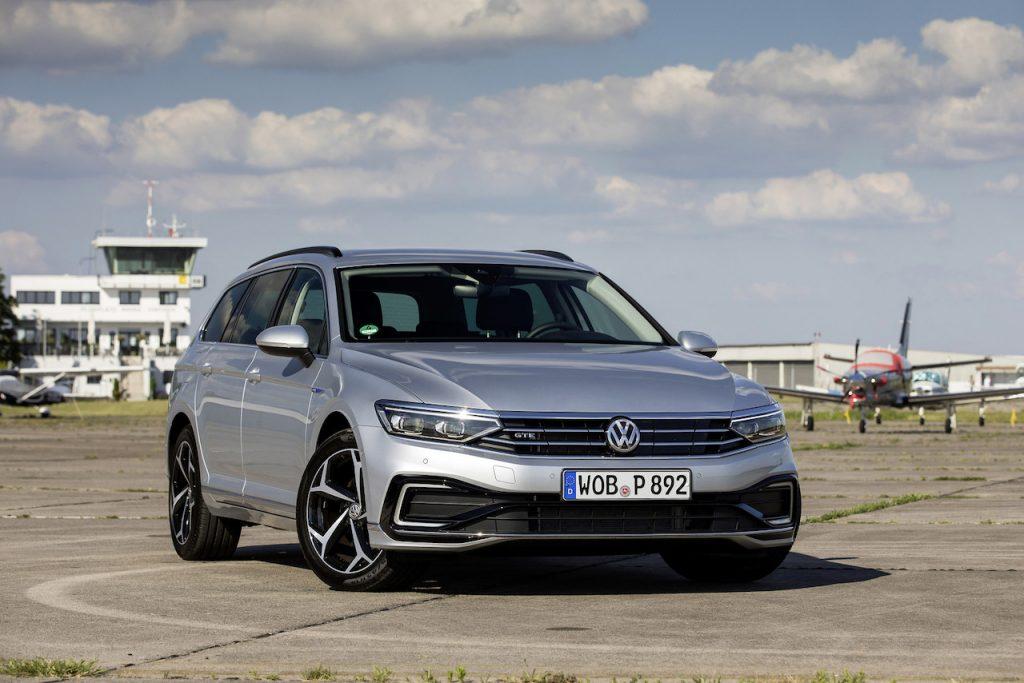 Nový Volkswagen Passat GTE Variant zepředu